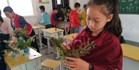 青青河边草v篮球真奇妙--篮球乡中心交口的快乐小学内容小学图片